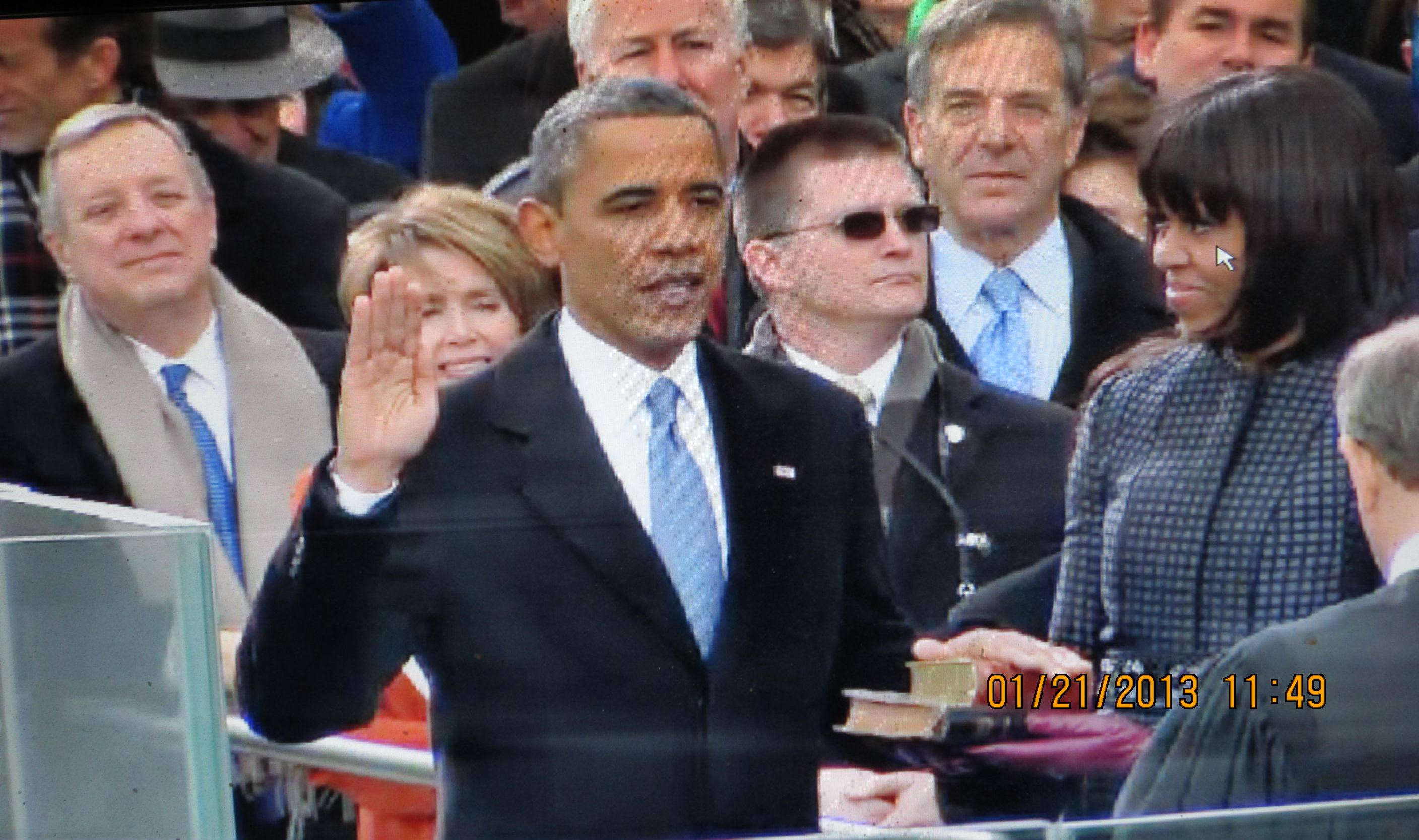 http://hillnholler.files.wordpress.com/2013/01/oath-of-office-barack-obama.jpg