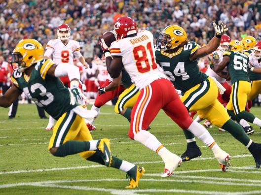 Chiefs tight end Richard Gordon scored the first touchdown Thursday night against the Green Bay Packers. (Kansas City Chiefs photo)