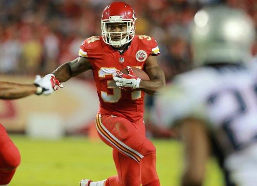 Chief Knile Davis, a former Arkansas Razorback, led the Chiefs in rushing Monday night with 107 yards.  (Kansas City Chiefs photo)