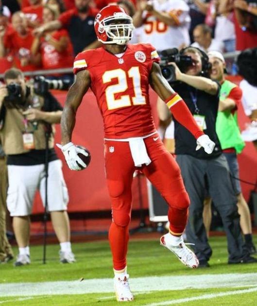 Chiefs cornerback Sean Smith intercepted the ball at the Patriot 13 yard line, leading to a field goal. (Kansas City Chiefs photo)