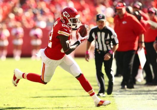 Chiefs wide receiver Dwayne Bowe runs with the ball. (Kansas City Chiefs photo)