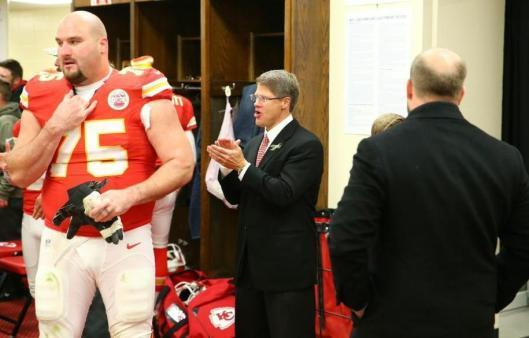 Chiefs CEO Clark Hunt applauds his team Sunday. (Kansas City Chiefs photo)