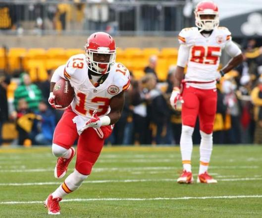 Chiefs rookie D'Anthony Thomas returns the ball on a kickoff. (Kansas City Chiefs photo)