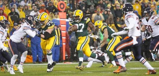 Packers running back Eddie Lacy,  No. 27, scored a touchdown in the first quarter Thursday. (Chicago Bears photo)