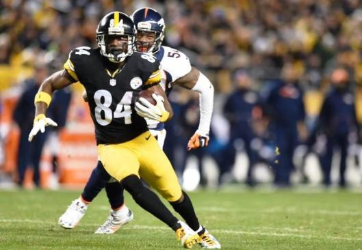 Steelers wide receiver Antonio Brown scored two touchdowns during the second half Sunday. (Pittsburgh Steelers photo)