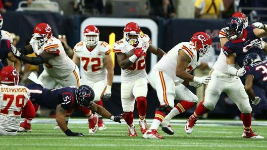Spencer Ware, No. 32, scored the Chiefs' final touchdown in the fourth quarter Saturday.  (Kansas City Chiefs photo)