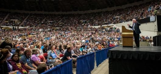Bernie Sanders addresses a rally  (Thunderclap photo)