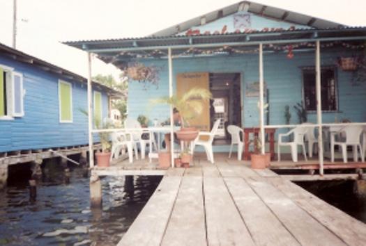 panama-bocas-del-torro-the-starfish-cafe