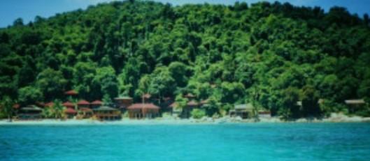 Henderson-crystal-water-perhentian-islands