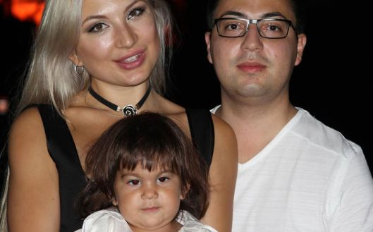 Olga Pimanova, her daughter Arianna, and Jorge Castillo. (Photo from whatdoesitmean.com)