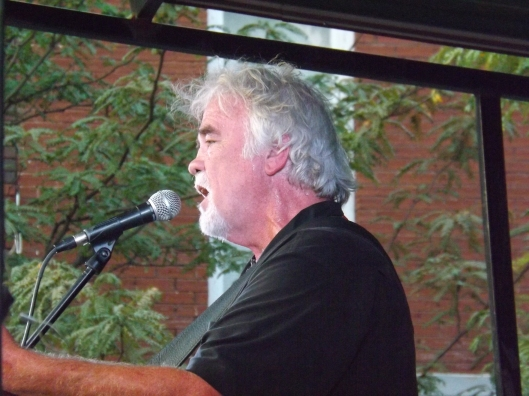 Gary Morris sings at the Concert on the Square in Gallatin, Tenn.  (Hill 'n Holler staff photo by Mariann Hyslop)