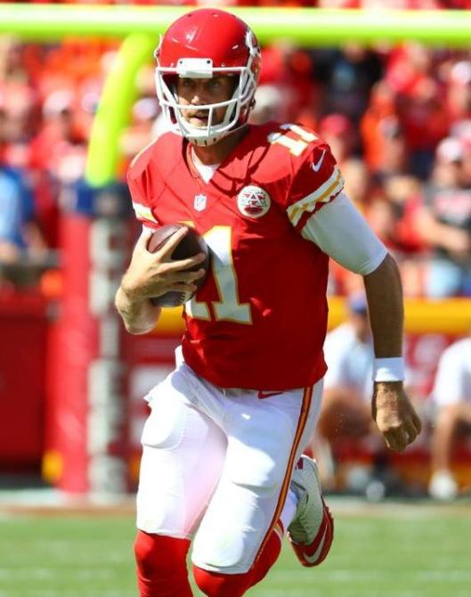 Alex Smith ran with the ball to give the Chiefs their winning touchdown in oertime Sunday. (Kansas City Chiefs photo)
