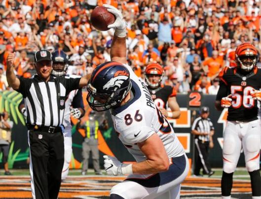 Tight end John Phillips scored the first Broncos touchdown of the fourth quarter Sunday. (Denver Broncos photo by Eric Bakke)